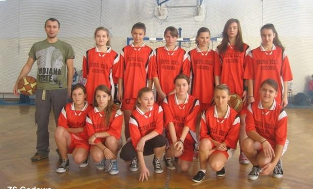 Gminna Gimnazjada w koszykówce dziewcząt (09.11.2012 r.)