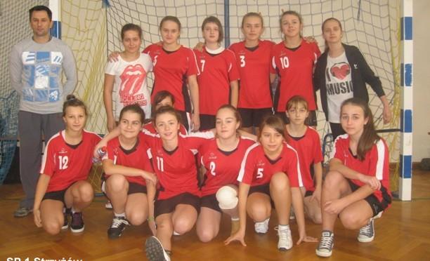 Gminne Igrzyska Młodzieży Szkolnej w mini – piłce ręcznej dziewcząt (22.11.2012 r.)