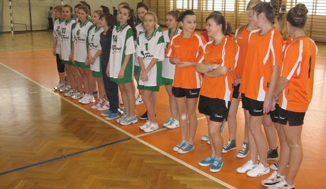 Gminna Gimnazjada w piłce ręcznej dziewcząt (16.12.2013 r.)