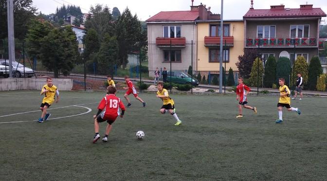 Gminne Igrzyska Młodzieży Szkolnej w mini piłce nożnej (02.06.2016 r.)