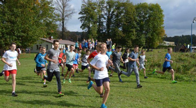 Gminne Igrzyska Młodzieży Szkolnej w indywidualnych biegach przełajowych