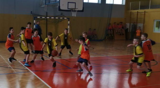 Gminne Igrzyska Dzieci w koszykówce chłopców